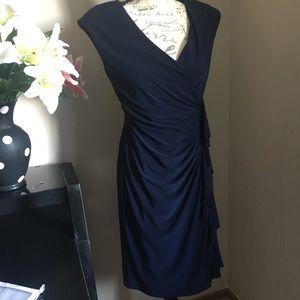 Beautiful midi dress size 6